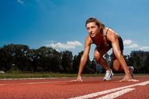 Le suivi à la trace : les contraintes des sportifs appartenant aux groupes cibles.
