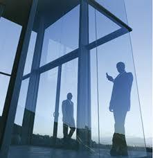 JURISPRUDENCE - Clause de non-concurrence opposable gérant